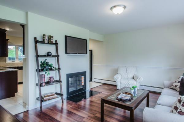 Wantagh, NY renovated living room