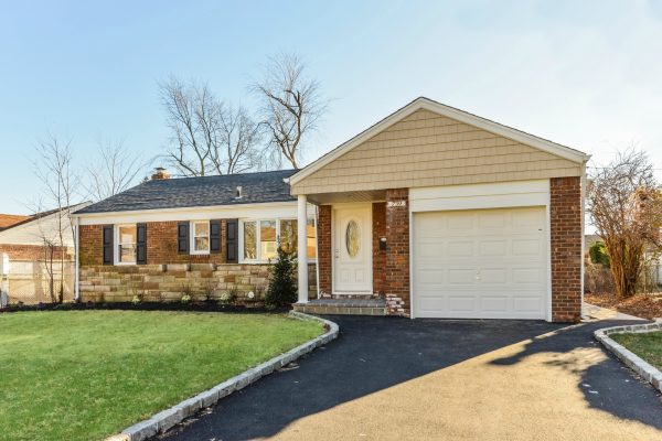 Fully renovated home in Franklin Square bought for cash in long island